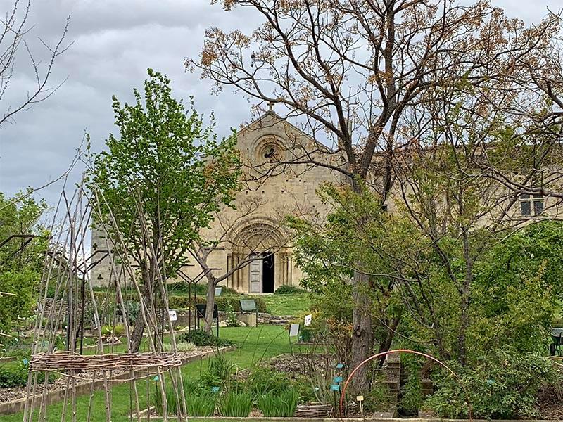 Le prieuré Notre-Dame de Salagon et ses alentours